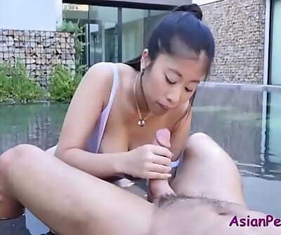 Pounding my bosses asian wifey when he isnt around 8 min 720p