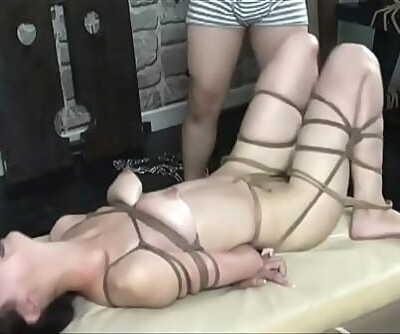 Killer Chinese Nude Model taking BDSM Fashion Portarit. Witness more: http://123link.vip/hNC88n 40 min 720p