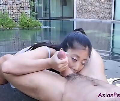 Greasing up this ASIAN hoe 8 min 720p