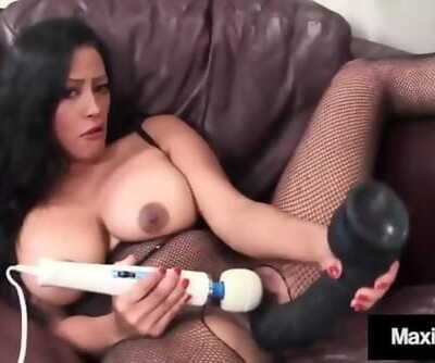 Asian Housewife Maxine X Blows Hard-on while Riding a Sybian!