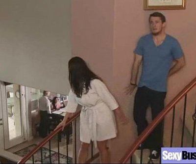 (kendra lust) Big Juggs Wife Enjoy Intercorse On Webcam video-18 - 5 min