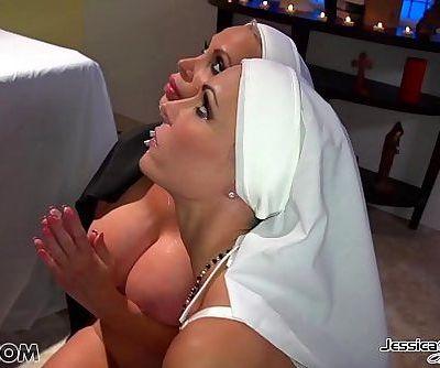 Jessica JaymesMick fucks Jessica and Nikki in the churchHD+