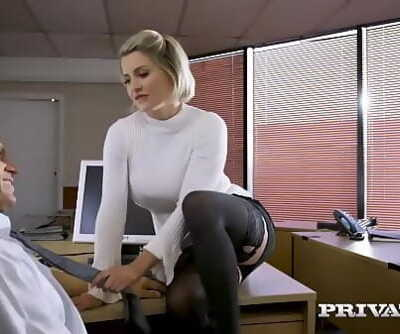 Private.comBritish honey Sienna Day fucks her boss Ten min