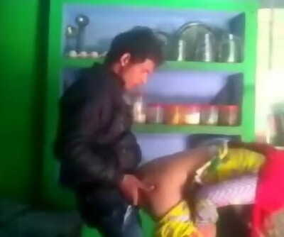 Desi married bhabhi salma cheating with neighbor bf mms smooching