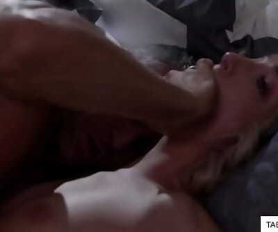 Old daddy pounded me at night 6 min 720p