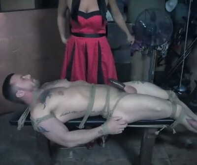 bound dude get tortured by dominant chick