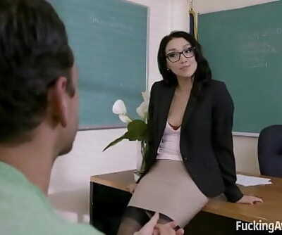 FuckingAwesomeBanging The TeacherVicki Haunt 10 min 720p