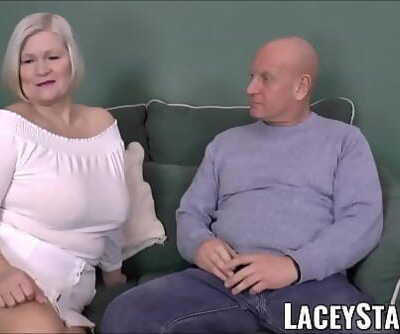 LACEYSTARRBusty GILF negotiates a good cunt deal 12 min 1080p