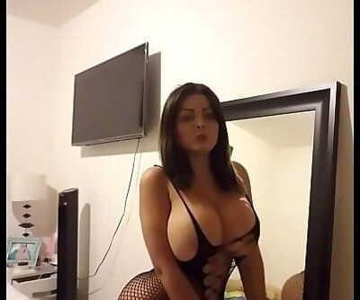Latina chichona 78 sec 1080p