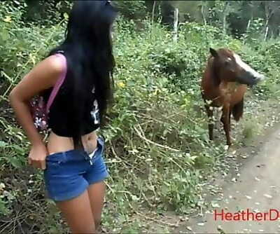 HD peeing next to horse in jungle 3 min 1080p