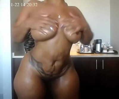 Cherokee Oiling Figure Nude 40 sec