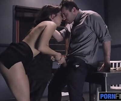 PORNFIDELITY Riley Reid Squirts All Over James Deen 16 min 1080p