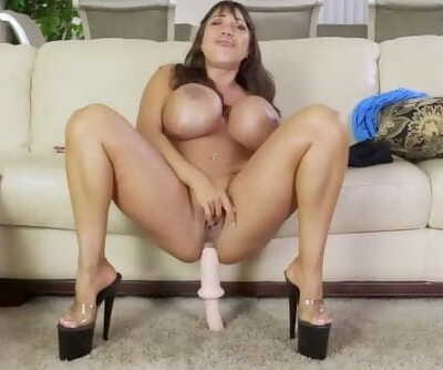Ava Devine - Peeping Neighbor