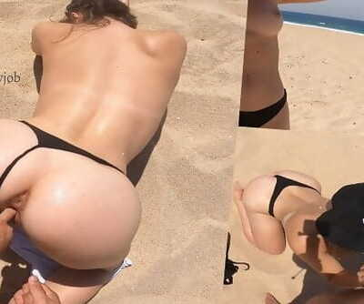 Perfect Ass Gf does SEX on the BEACH