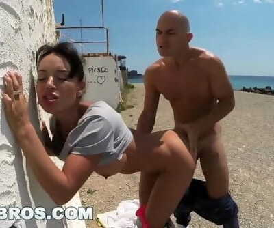 BANGBROS - Franceska Jaimess Fat Spaniard Butt Fucked in Public!