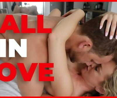 Passionate Couple Falls in Enjoy having Hookup