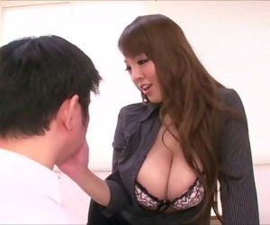 Hitomi Tanaka Entices a Student