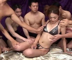 Sakura Hirota enjoys being the centerpiece in this harsh..