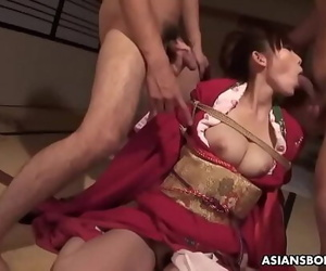 Azusa Uemura is having the best three way ever with friends