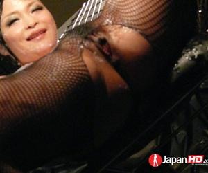 Mind-blowing Japanese chick Yuu Haruka reveals her huge..