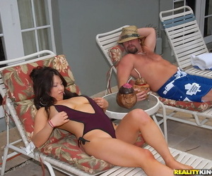 Chesty asian MILF Mia Rider likes xxx screwing in the pool
