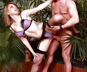 A kinky fucky-fucky with Yasmine should always have two..