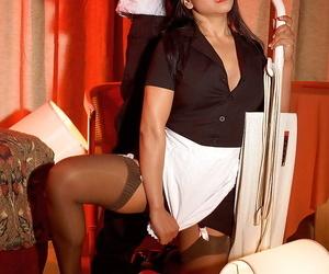 Leggy Asian maid Kitty Langdon blowing and railing shaft..