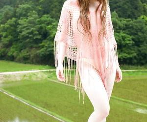 Alluring asian babe Ria Sakurai revealing her lil' kinks..