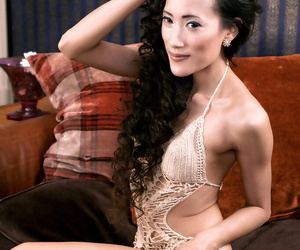 Cute Asian honey Ayla Sky uses her fingers to satisfy her..