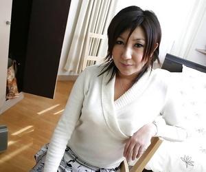 Keiko Ayata taking a molten bath and displaying her forms..