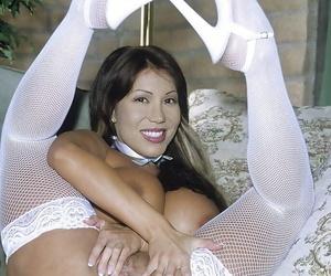 Curvy Mummy in stockings Ava Devine showing her seductive..