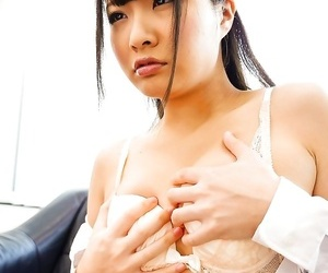 Asian natsuki hasegawa rails a huge fake penis in office -..