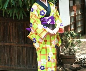 Sweet Japanese lady hikes her kimono && stretches to..