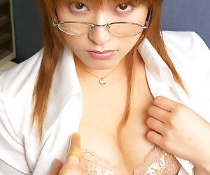 Redhead asian babe in glasses Karen Kisaragi slipping off..
