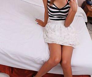 Tiny Thai teen exposing her sexy skinny body and hairy..