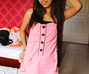 Young Asian amateur Zen doffs her pink dress to show hairy..