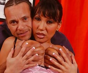Sexy Asian MILF babe Ava Devine gives titjobs and blowjobs