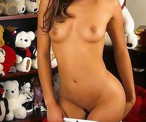 Asian teen girlfriend in bedroom - part 2987