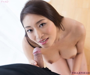 Japanese chick plays with cum in her mouth after a POV..