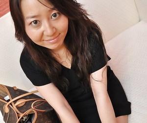 Nasty big ass asian brunette milf Kanako showing that ass..