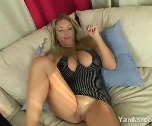Perky MILF Amber Lynn Bach Milks