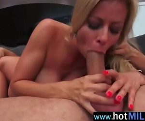 Fat Long Shaft To Rail By Mature Lady (alexis fawx) video-03
