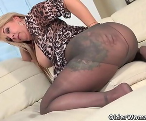 Fur covered mummy Joclyn Stone gets turned on in stockings