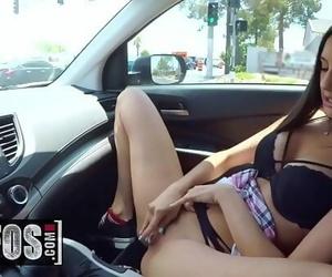 Stranded Teens(Eliza Ibarra)Getaway DriverMOFOS
