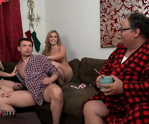 Amateur BoxxxHave A Merry Cuckold Christmas! 5 min 1440p