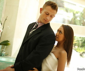 Awesome honey Sara Luv massaging and pleasuring her new..
