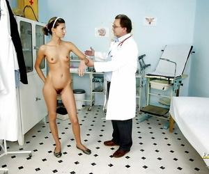 European dark-haired honey Amanda Temptress is opening up..