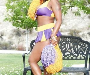 Phat cheerleader Layton Benton showcasing off her huge..