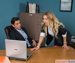 Blond secretary Natalia Starr tempts her boss with a no..