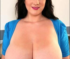 Busty cockblowers honey Rachel Aldana posing braless in..